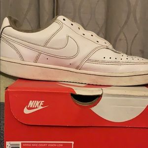 Nike low court visions